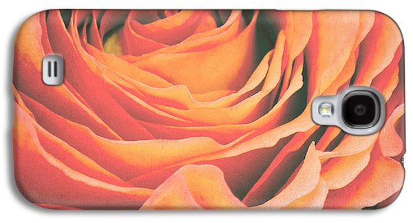 Le Petale De Rose Galaxy S4 Case by Angela Doelling AD DESIGN Photo and PhotoArt