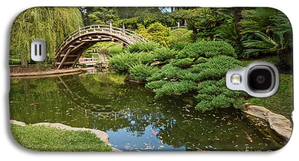 Bridges Galaxy S4 Case - Lead The Way - The Beautiful Japanese Gardens At The Huntington Library With Koi Swimming. by Jamie Pham