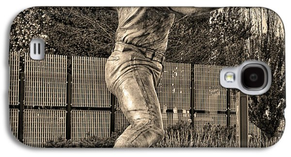 Lefty - Phillie Steve Carlton In Sepia Galaxy S4 Case by Bill Cannon