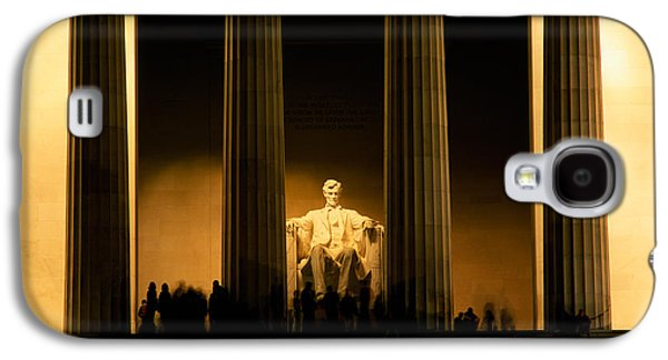 Lincoln Memorial Illuminated At Night Galaxy S4 Case by Panoramic Images