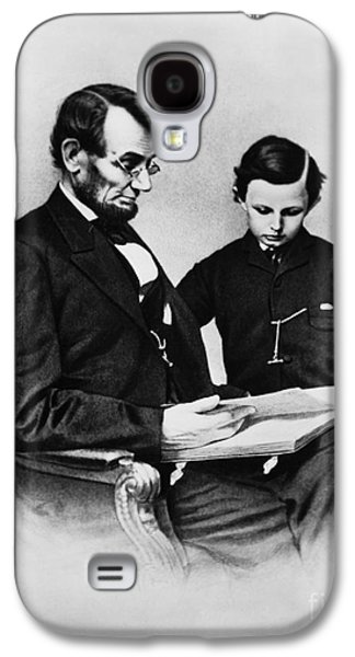 Lincoln Reading To His Son Galaxy S4 Case by Photo Researchers