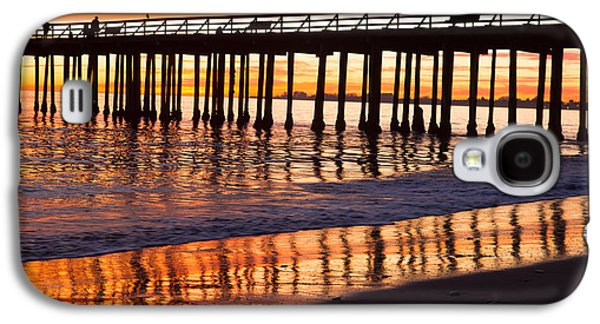Galaxy S4 Case featuring the photograph Sunset Seacliff Shadows by Lora Lee Chapman