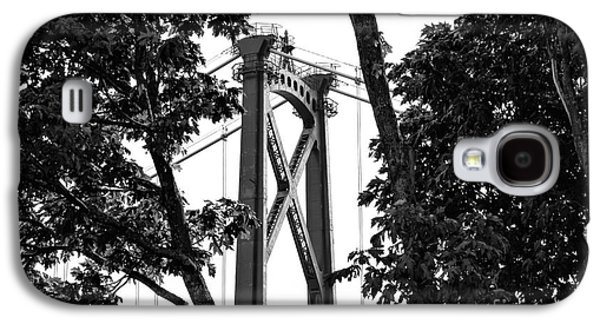 Lions Gate Between The Trees Mono Galaxy S4 Case