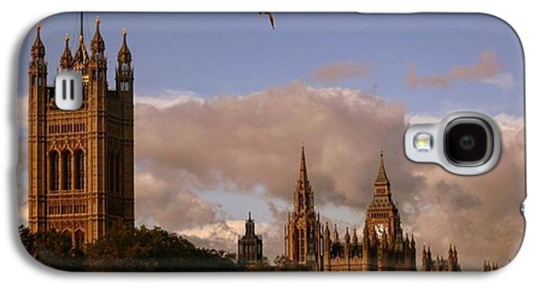 #london #parliamenthouse #westminster Galaxy S4 Case by Ozan Goren