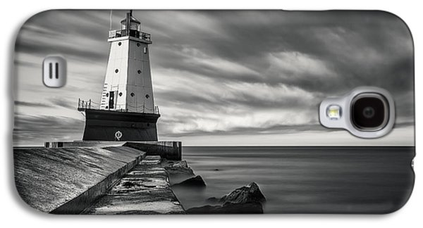 Galaxy S4 Case featuring the photograph Ludington Light Black And White by Adam Romanowicz