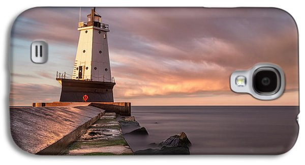 Galaxy S4 Case featuring the photograph Ludington Light Sunrise Long Exposure by Adam Romanowicz