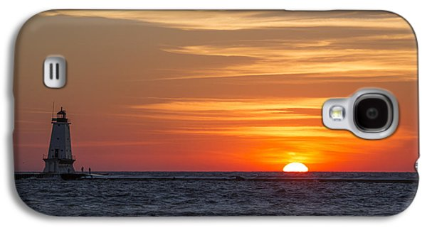 Marquette Galaxy S4 Case - Ludington North Breakwater Light At Sunset by Adam Romanowicz