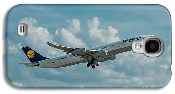 Lufthansa Airlines A Departure Airbus 340-300 D-aigo Airport Art Galaxy S4 Case