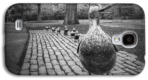 Make Way For Ducklings In Boston Black And White Galaxy S4 Case