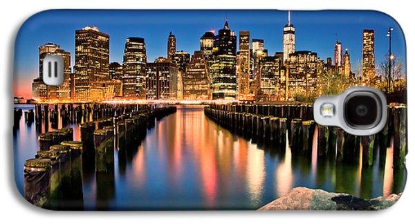 Manhattan Skyline At Dusk Galaxy S4 Case by Az Jackson
