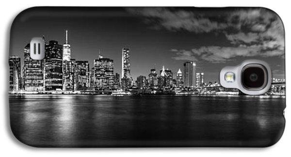 Manhattan Skyline At Night Galaxy S4 Case