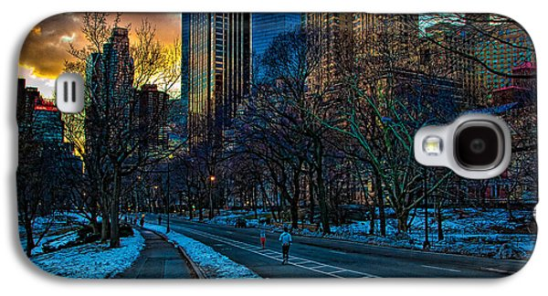 Manhattan Sunset Galaxy S4 Case by Chris Lord
