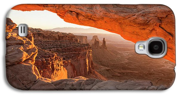 Mesa Arch Sunrise 5 - Canyonlands National Park - Moab Utah Galaxy S4 Case by Brian Harig