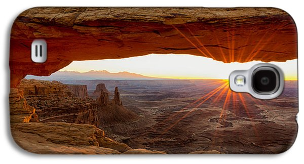 Travel Galaxy S4 Case - Mesa Arch Sunrise - Canyonlands National Park - Moab Utah by Brian Harig