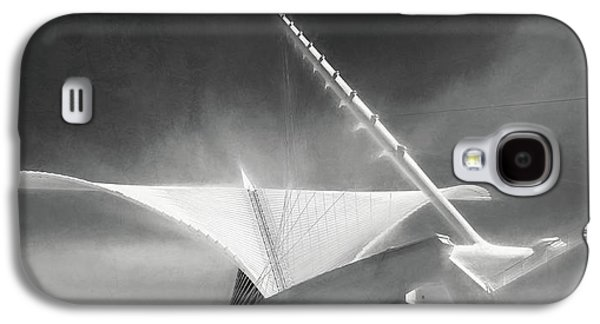Milwaukee Art Museum September Galaxy S4 Case by Scott Norris