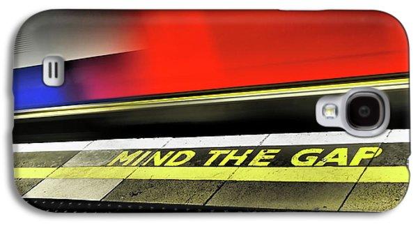 Mind The Gap Galaxy S4 Case by Rona Black