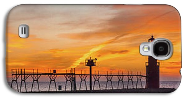 Galaxy S4 Case featuring the photograph Mine Eyes Have Seen The Glory by Bill Pevlor