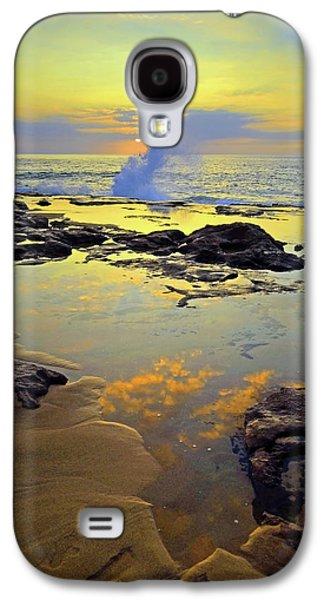 Mololkai Splash Galaxy S4 Case by Tara Turner