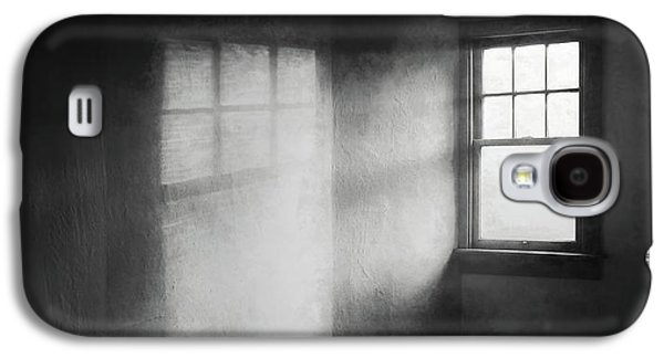 Moonbeams On The Attic Window Galaxy S4 Case by Scott Norris