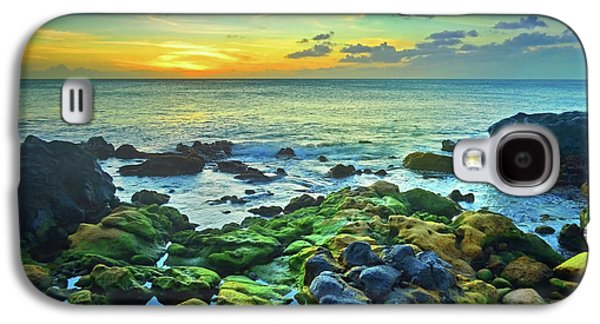 Moss Covered Rocks At Sunset In Molokai Galaxy S4 Case by Tara Turner