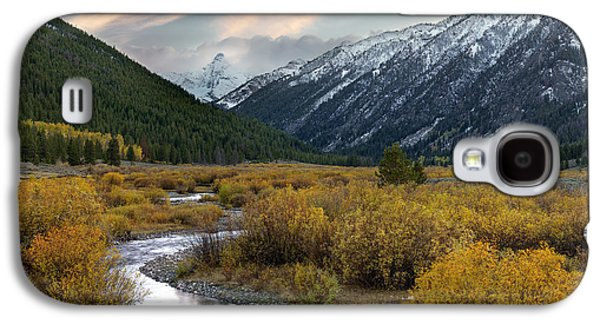 Mountain Grandeur Galaxy S4 Case by Leland D Howard