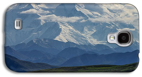 Galaxy S4 Case featuring the photograph Denali by Gary Lengyel