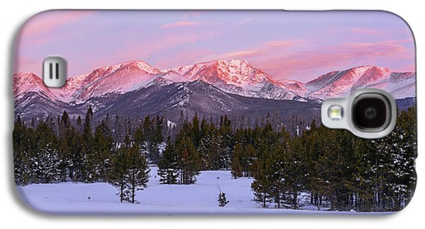 Galaxy S4 Case featuring the pyrography Mummy Range Winter Sunrise by Aaron Spong