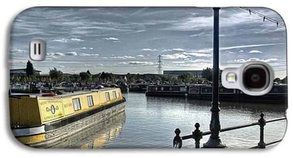 Sky Galaxy S4 Case - Narrowboat Idly Dan At Barton Marina On by John Edwards
