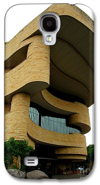 National Museum Of The American Indian 1 Galaxy S4 Case by Randall Weidner