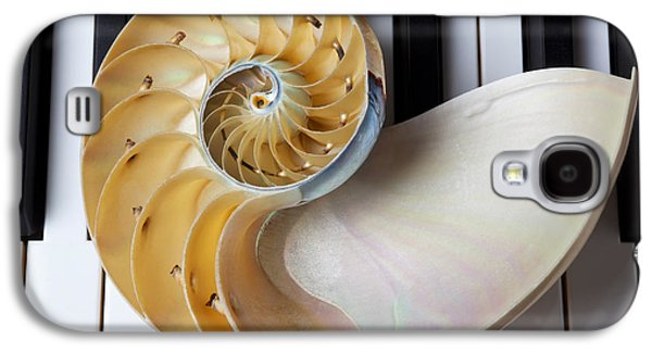 Nautilus Shell On Piano Keys Galaxy S4 Case