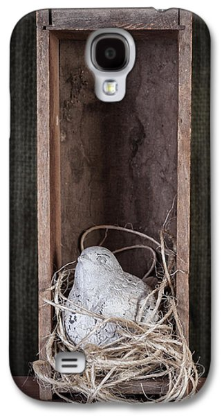 Nesting Bird Still Life Galaxy S4 Case by Tom Mc Nemar