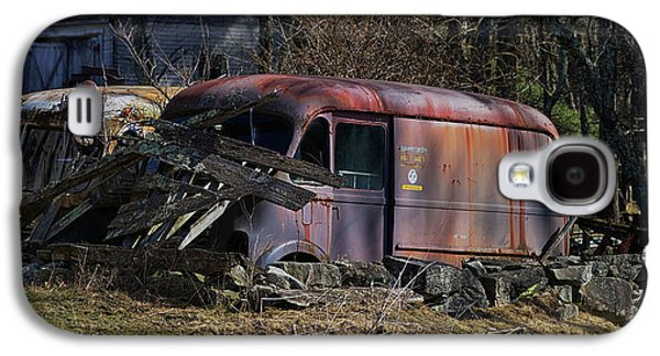 Truck Galaxy S4 Case - Nesting by Jerry LoFaro