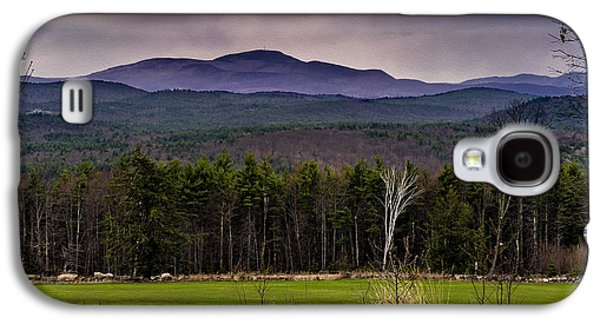 Galaxy S4 Case featuring the photograph New England Spring In Oil by Mark Myhaver