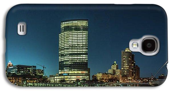 Galaxy S4 Case featuring the photograph New Milwaukee Skyline by Randy Scherkenbach
