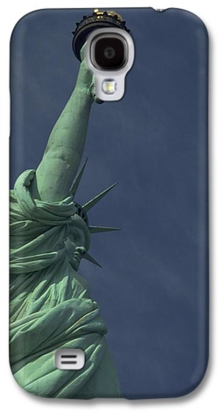 Galaxy S4 Case featuring the photograph New York by Travel Pics