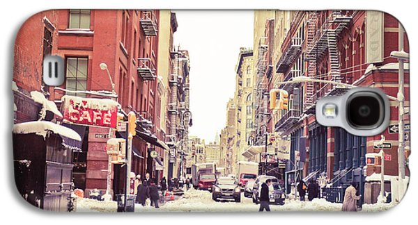 New York Winter - Snowy Street In Soho Galaxy S4 Case by Vivienne Gucwa