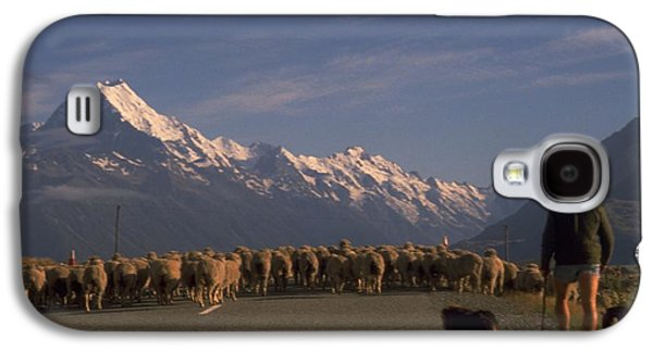 New Zealand Mt Cook Galaxy S4 Case by Travel Pics
