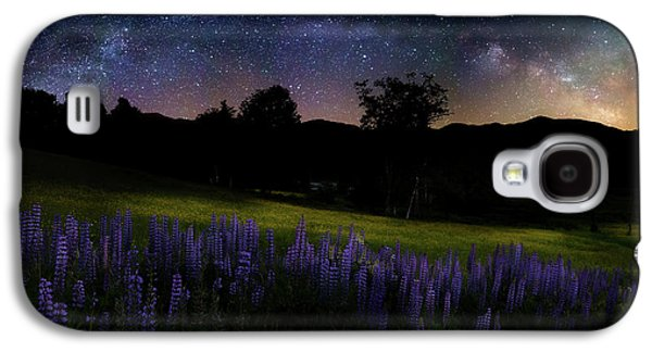 Galaxy S4 Case featuring the photograph Night Flowers by Bill Wakeley