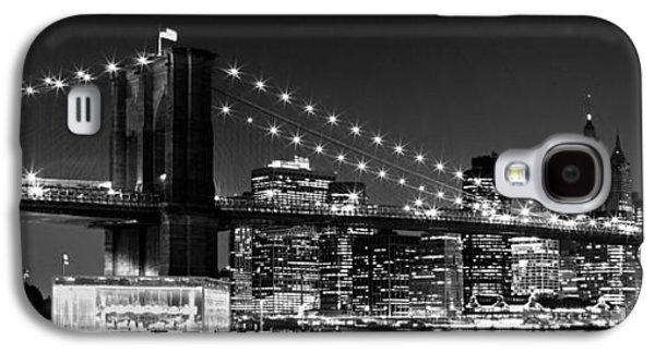 Night Skyline Manhattan Brooklyn Bridge Bw Galaxy S4 Case