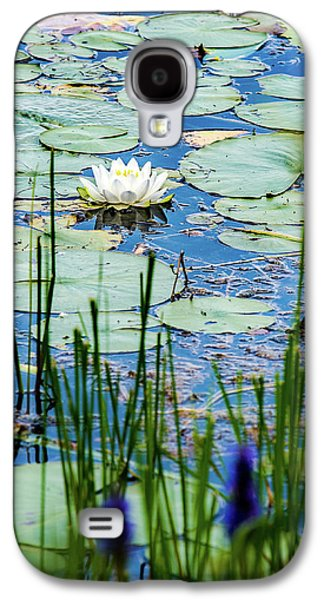 North American White Water Lily Galaxy S4 Case