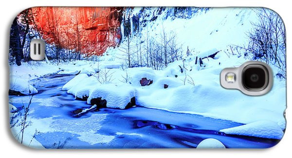 Oak Creek In Winter Galaxy S4 Case by Alexey Stiop