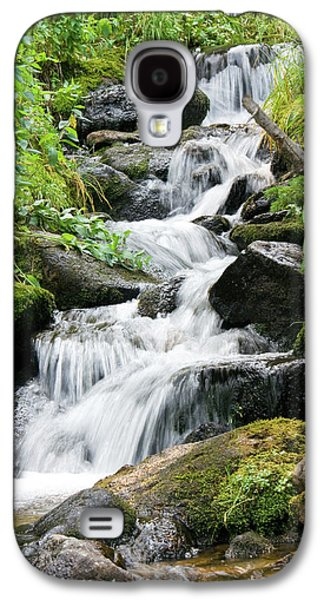 Galaxy S4 Case featuring the photograph Oasis Cascade by David Chandler