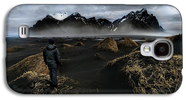 Observing The Beauty Of Iceland Galaxy S4 Case