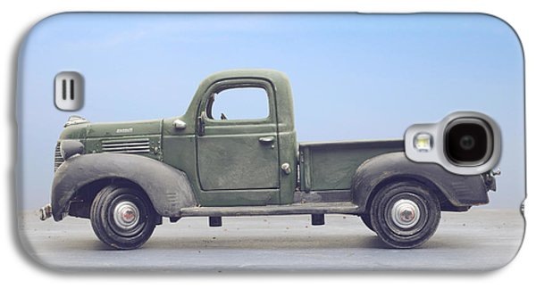 Old 1940s Plymouth Green Truck Galaxy S4 Case