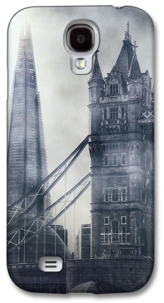 old and new London Galaxy S4 Case