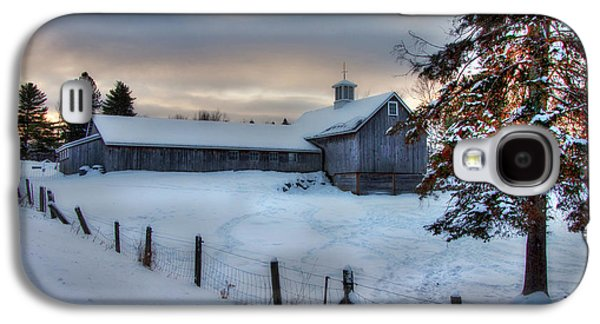 Old Barn In Snow At Sunrise Galaxy S4 Case