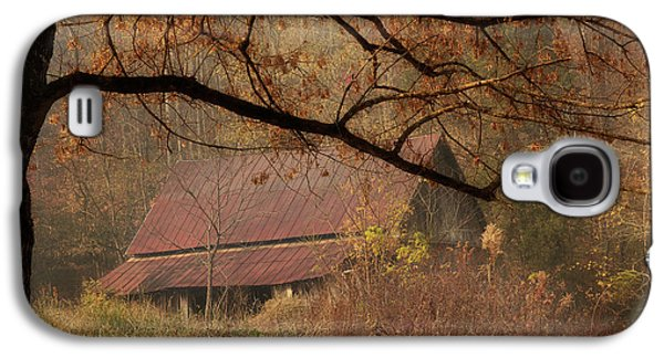 Old Country Barn Galaxy S4 Case by Mike Eingle