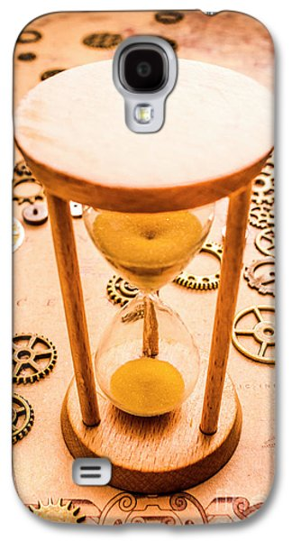 Old Hourglass Near Clock Gears On Old Map Galaxy S4 Case