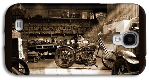 Old Motorcycle Shop Galaxy S4 Case