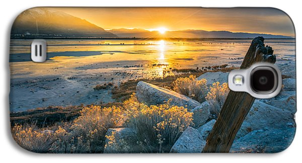 City Sunset Galaxy S4 Case - Old Post At The Great Salt Lake by James Udall